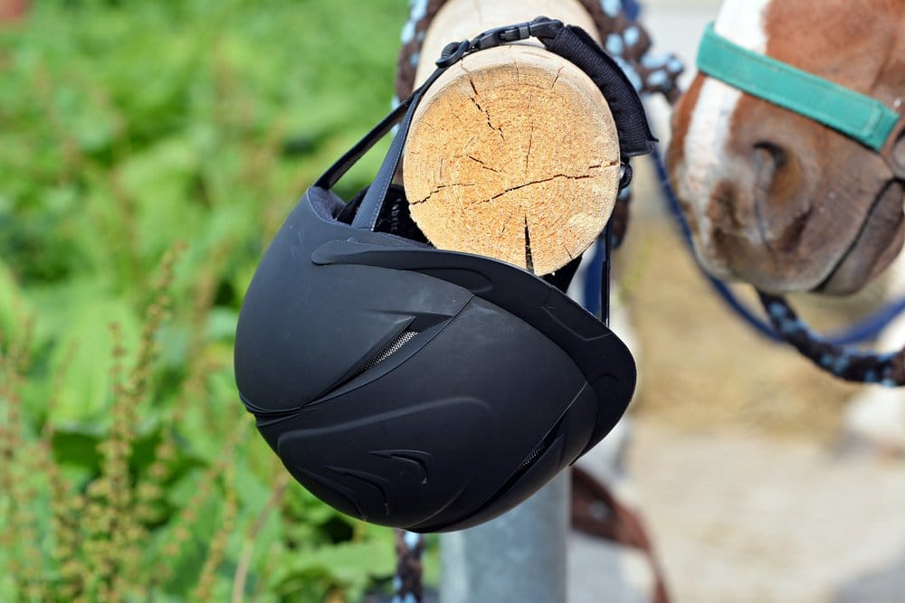 Show jumping hat/helmet
